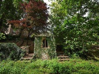 4 bedroom Villa in Spazzavento, Tuscany, Italy : ref 5683401