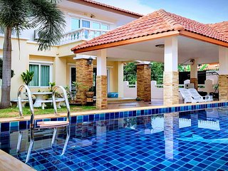 Amazing Pool Villas Pattaya Center Walking street