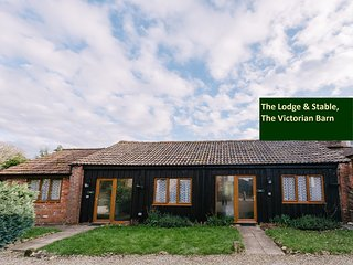 Peaceful Rural Lodge with Indoor Pool, Mid Dorset.
