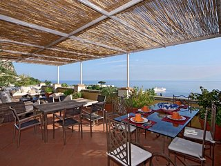 3 bedroom Villa in Anacapri, Campania, Italy : ref 5218554