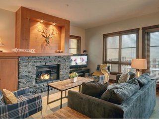 2BR Ultimate Ski In/Out, Lift at Your Doorstep, Casino Area / 215480