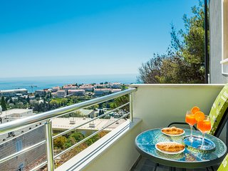 Guest House Nikolina - Double Room with Balcony and Sea View(1)