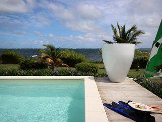 Villa des Raisiniers : piscine, kayak, face à la mer, proche plage & spot kite
