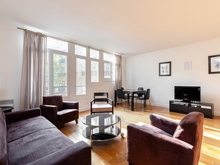 56. SPACIOUS 1BR BY PARC MONCEAU - ARC DE TRIOMPHE
