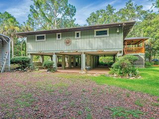 2Bed Stilt Home in Woodsy Old Homosassa Private River Access for Small Boats