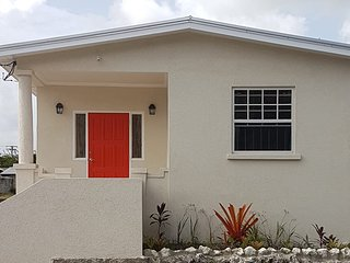 Dover beach/St. Lawrence Gap 3bedrooms Apartment