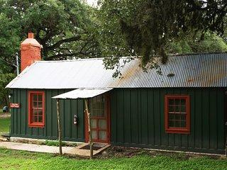 John Knox Ranch- Calvin Cottage