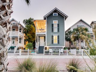 NEW LISTING! Charleston-style cottage right near beach w/access to shared pools