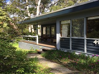 49 OLD COACH ROAD - BUSH SETTING, CLOSE TO BEACH