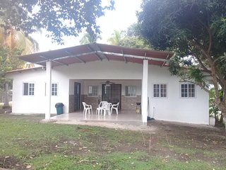 Casita 4 is a two bedroomed house with two bathrooms that sleeps up to 16 people