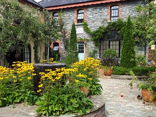 The Priory Killarney Coach House