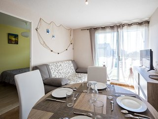 1 bedroom Apartment in Pontaillac, Nouvelle-Aquitaine, France : ref 5513554