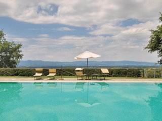 3 bedroom Apartment in Traiana, Tuscany, Italy : ref 5540108