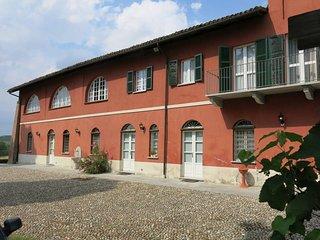 4 bedroom Villa in Cascine Monfallito, Piedmont, Italy : ref 5682660
