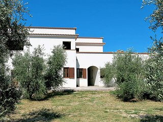 1 bedroom Apartment in Peschici, Apulia, Italy : ref 5438524