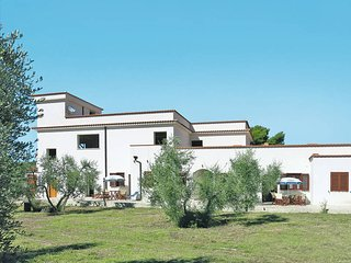 2 bedroom Apartment in Peschici, Apulia, Italy - 5438525
