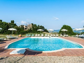 1 bedroom Apartment in Casa Montacuto, Tuscany, Italy : ref 5446504