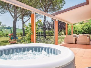 2 bedroom Villa in Terme di Carignano, The Marches, Italy : ref 5682403