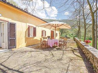 2 bedroom Villa in Case Nuove-Quattro Stradoni, Campania, Italy : ref 5682310