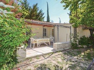 2 bedroom Villa in Saint-Pierre-de-Vassols, Provence-Alpes-Côte d'Azur, France :