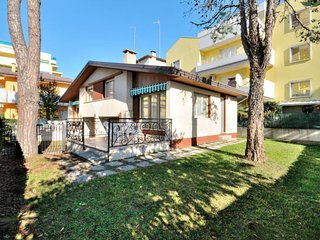 2 bedroom Villa in Bibione, Veneto, Italy - 5683169