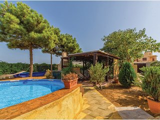 2 bedroom Villa in Triscina, Sicily, Italy : ref 5523431