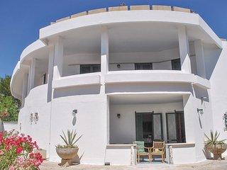 3 bedroom Villa in Baia Verde, Apulia, Italy : ref 5682279