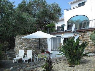 1 bedroom Apartment in Poggi Inferiore Poggi Superiore, Liguria, Italy : ref 544