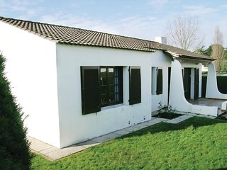 3 bedroom Villa in La Pironniere, Pays de la Loire, France : ref 5539492
