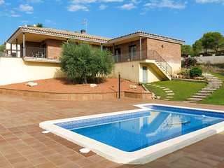 4 bedroom Villa in Roda de Bera, Catalonia, Spain : ref 5682752
