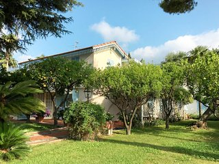 4 bedroom Villa in San Giovanni Battista, Liguria, Italy : ref 5683158