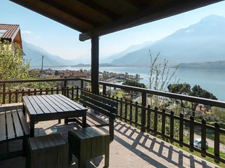 3 bedroom Villa in Domaso, Lombardy, Italy : ref 5683167