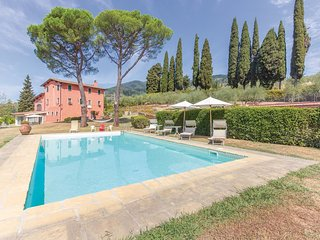 2 bedroom Apartment in All'Erta, Tuscany, Italy : ref 5523566