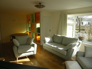 Retro style bungalow 5 minutes from the beach