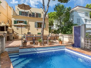 Villa 'Casa Blanca', El Toro, 4 Aircon bedrooms, free WIFI, sleeps 8, pool