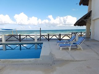 STUDIO W/ BEACH ACCESS, PLAYA DEL SECRETO, 20 MINS FROM PLAYA DEL CARMEN