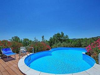Montepulciano Villa Sleeps 6 with Pool and WiFi - 5228851