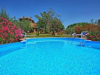 3 bedroom Villa in Montepulciano, Tuscany, Italy : ref 5228851