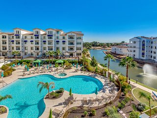 Pristine Luxurious Condo w/ HEATED POOL & views! 30 Night Minimum!