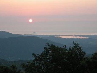 Agricampeggio Sardegna Nuraghe- Casa Immersa nel verde