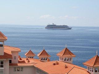 Funchal Penthous oceanfront Madeira