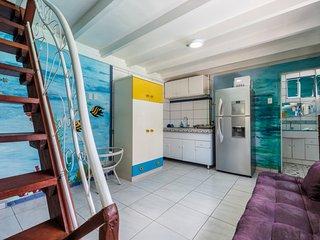 Picturesque Sunfower Villa Azure Suite sleeps 4!