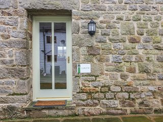 CURLEW COTTAGE, WIFI, incredible views, in the Forest of Bowland, Ref 963333
