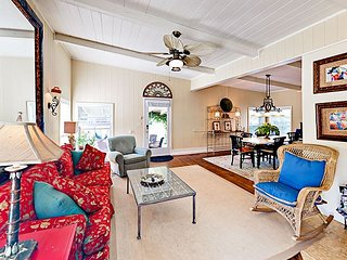 3BR w/ Large Private Patio - Walk Minutes to Beach & Dining