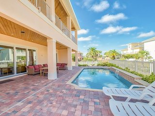 Luxe Oceanview 6BR/3.5BA w/ Private Pool & Elevator - Steps to the Beach