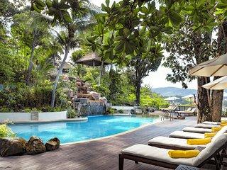 1 bed Deluxe Ocean facing villa in Karon