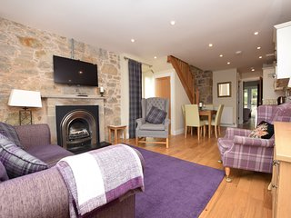 42778 Cottage situated in Edinburgh (7mls N)