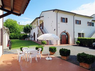 2 bedroom Apartment in Rosignano Marittimo, Tuscany, Italy - 5446531