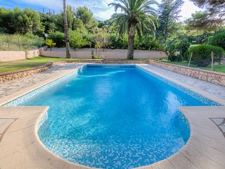 4 bedroom Villa in Anthéor, Provence-Alpes-Côte d'Azur, France : ref 5541713