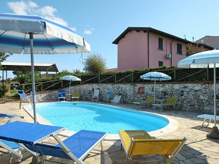 2 bedroom Apartment in Colognole, Tuscany, Italy : ref 5473470
